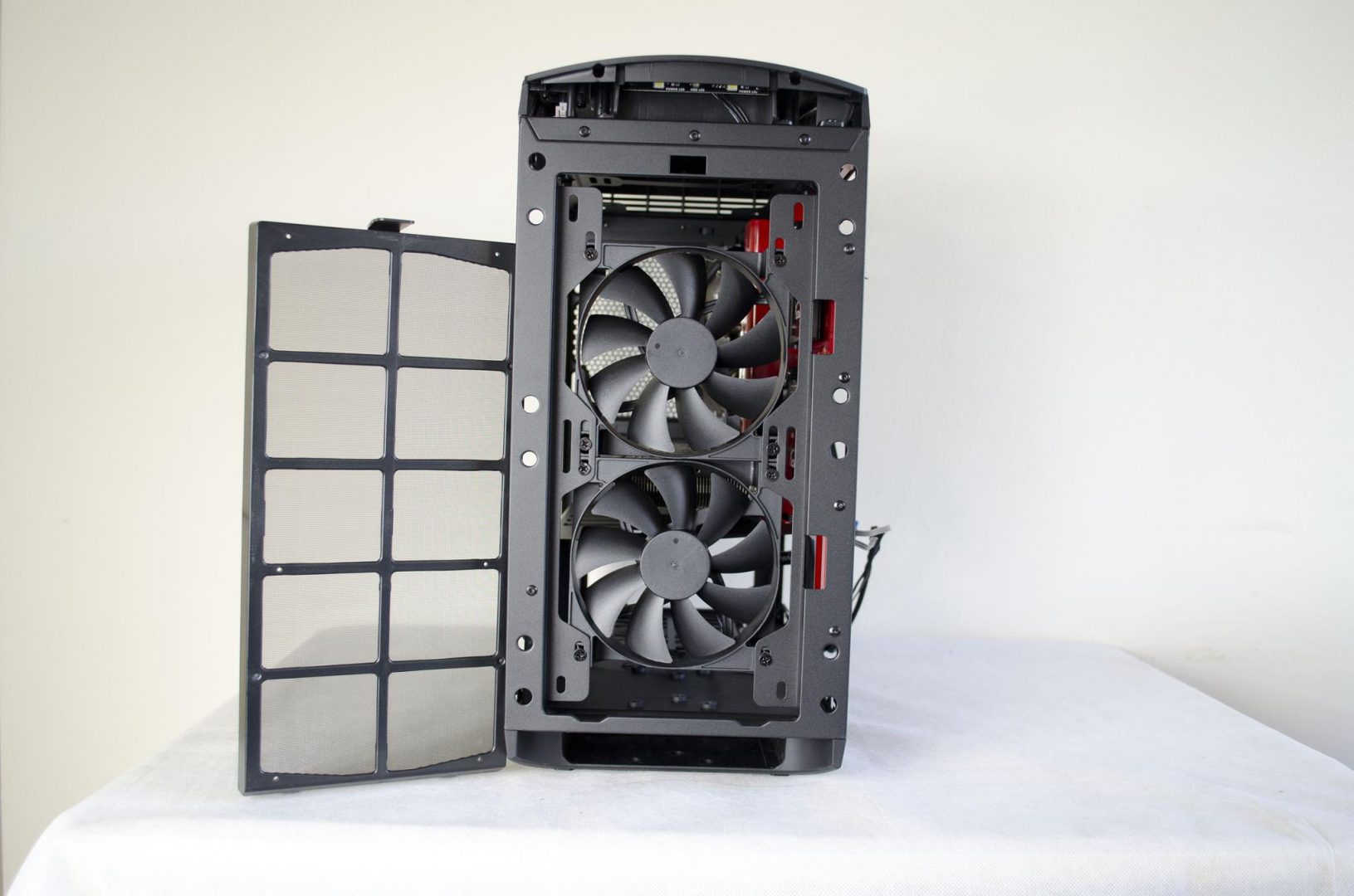 nzxt manta pc case review_18