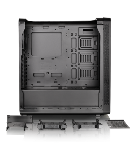 """Thermaltake View27's innovative 3.5"""" & 2.5"""" tool-free drive bay design minimizes the hassles of installation and removal"""