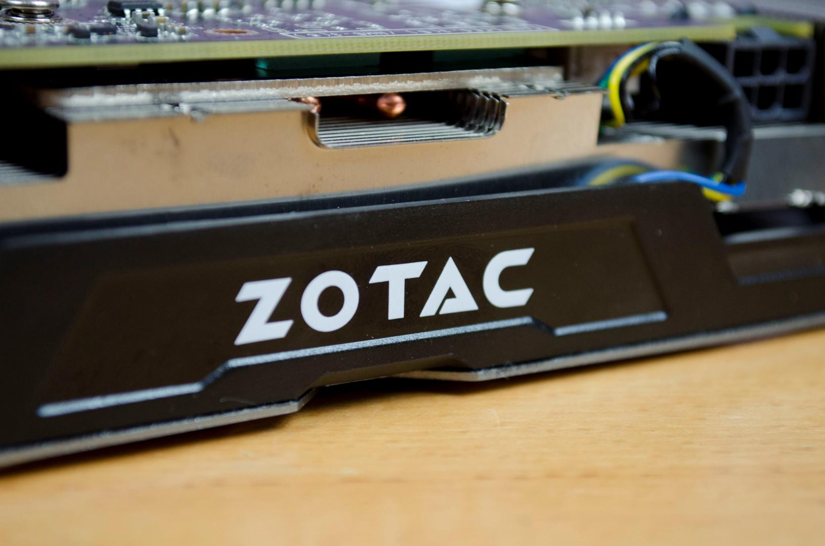 zotac geforce gtx 1060 6gb amp edition _13