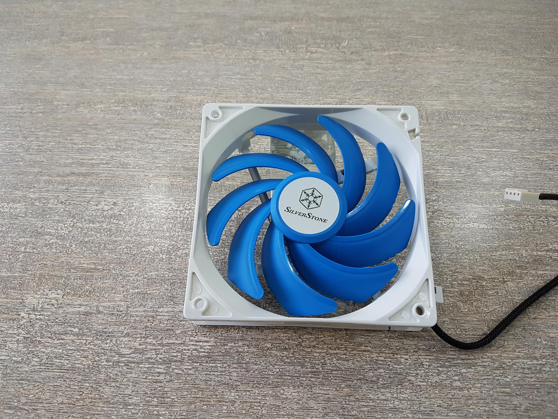 SilverStone SST-FQ121 Ultra-Quiet PWM 120mm Fans Review