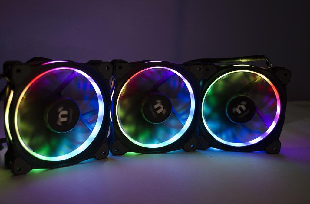 Thermaltake Riing Plus 12 RGB Radiator Fan 3-Pack Review